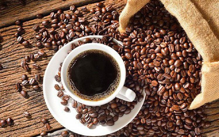 Uống cà phê mỗi ngày có thể làm giảm nguy cơ nhiễm COVID-19